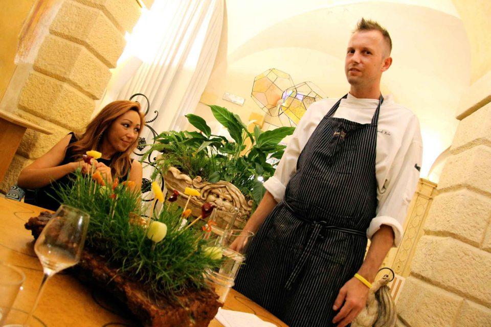 ristorante Amista 33 tavolo