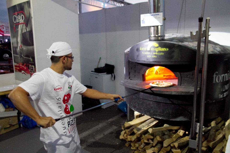 napoli-pizza-village-brandi