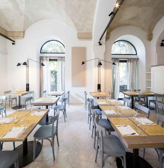 Sala dei ristorante Osteria di Bologna