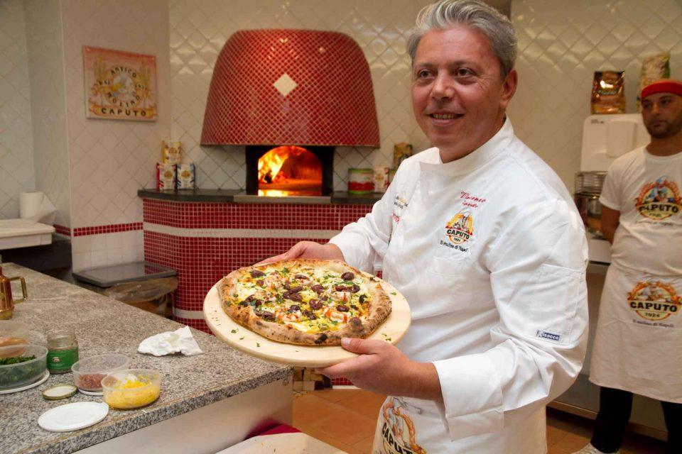 vincenzo-esposito-pizza-un-bacio-a-furore