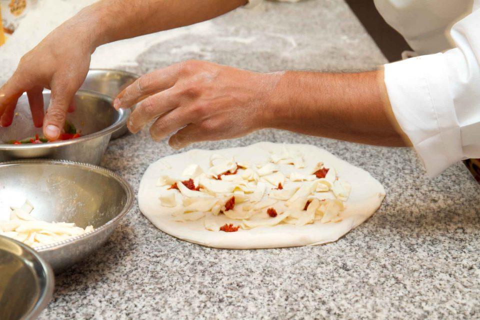 vincenzo-lettieri-prepara-pizza-tripudio