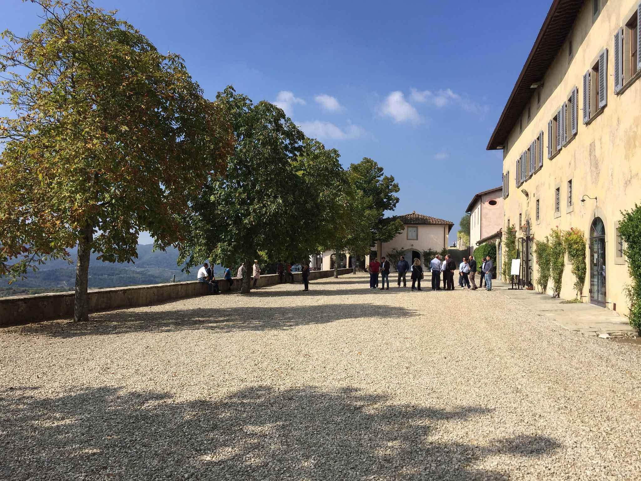 entrata-castello-nipozzano-frescobaldi