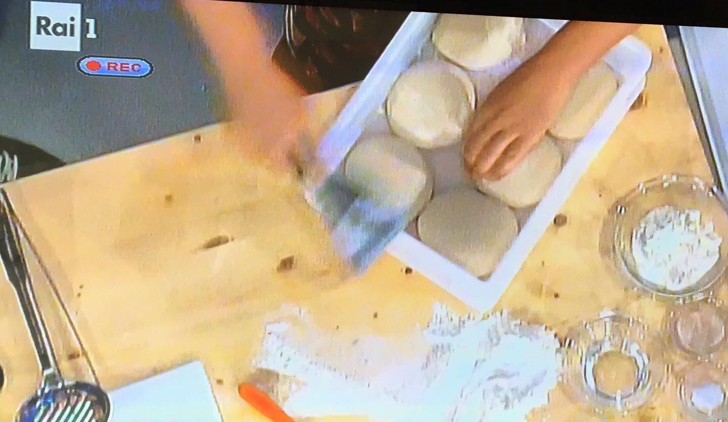 impasto-pizza-panetti-sorbillo