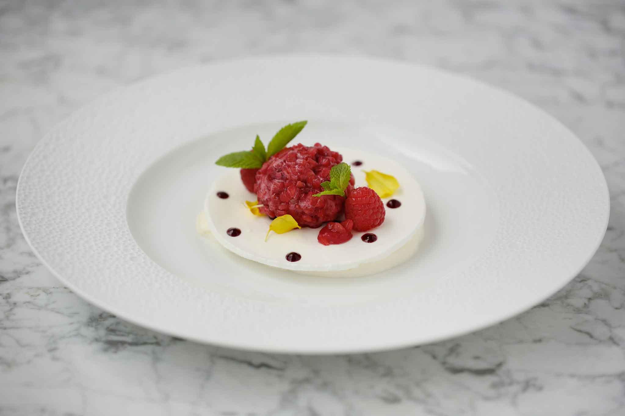 mousse-allo-yogurt-e-zenzeropralina-ai-lamponi-foto-by-f-r