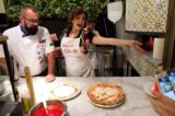 I trucchi per fare la pizza napoletana nel forno di casa che nemmeno un pizzaiolo conosce