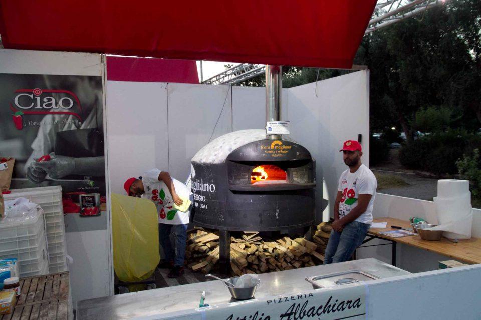 pizzeria-albachiara-napoli-pizza-village