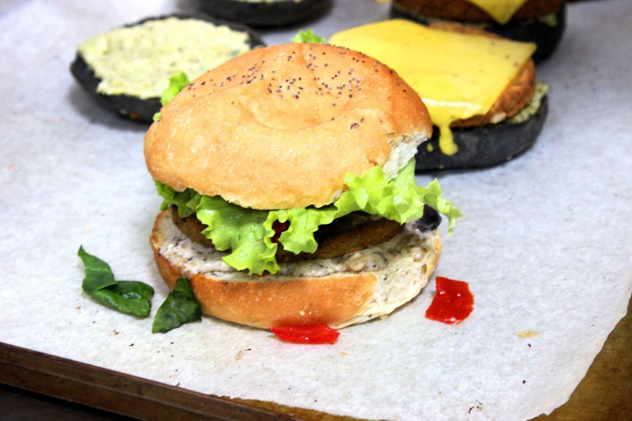flower-burger-classic-cecio