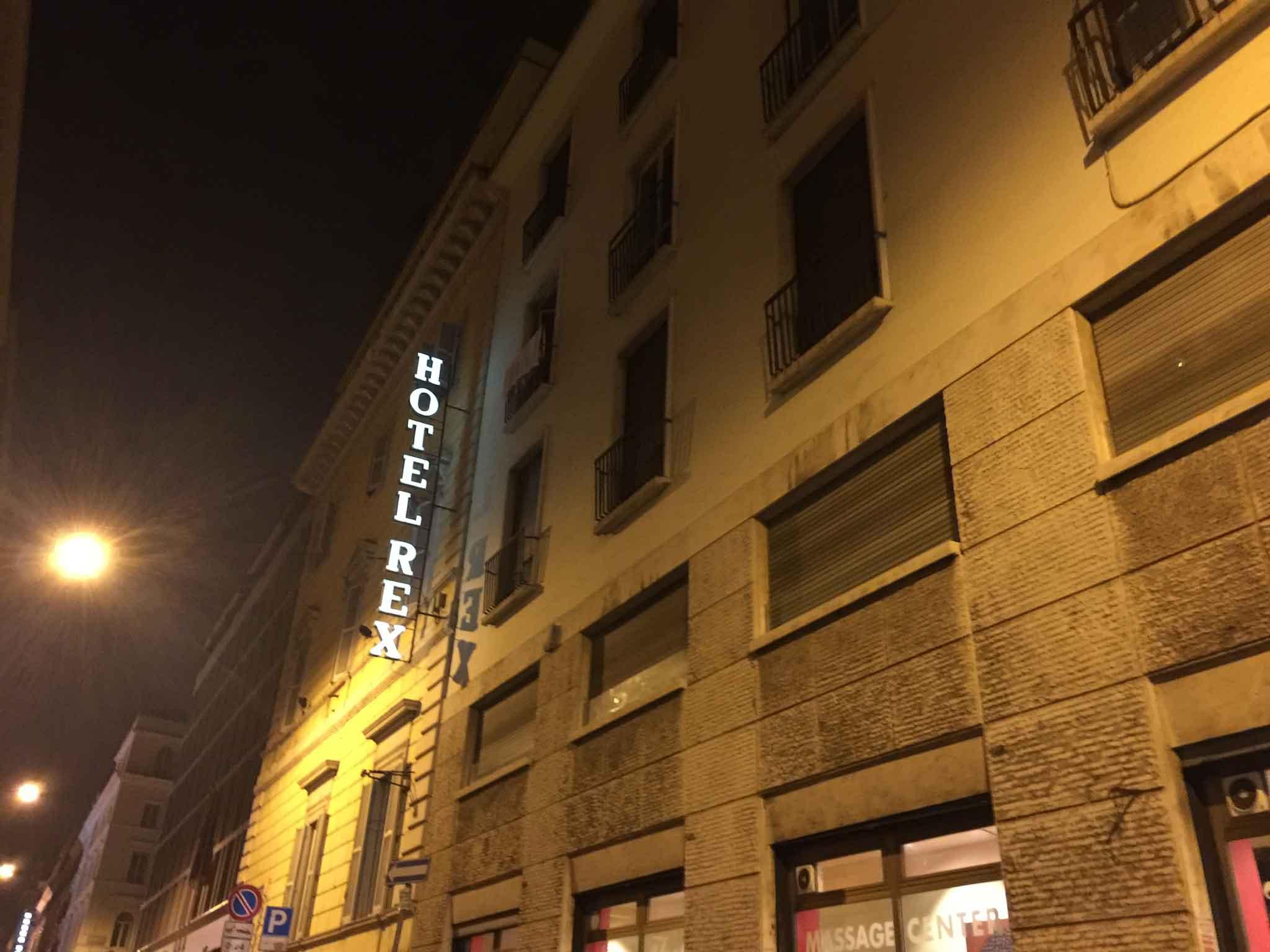 rex-hotel-roma-pipero