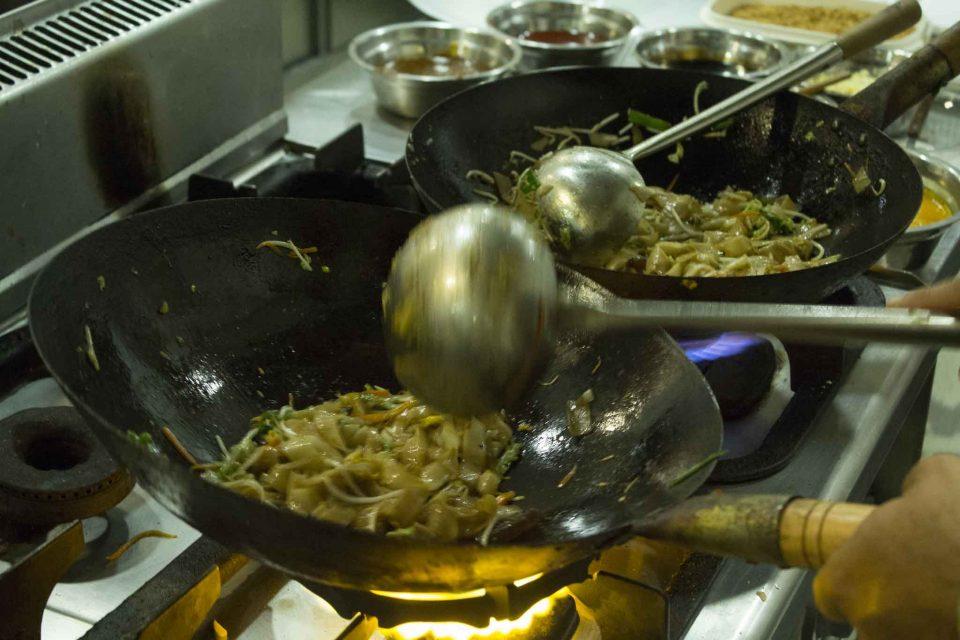 apericina-wok-noodles