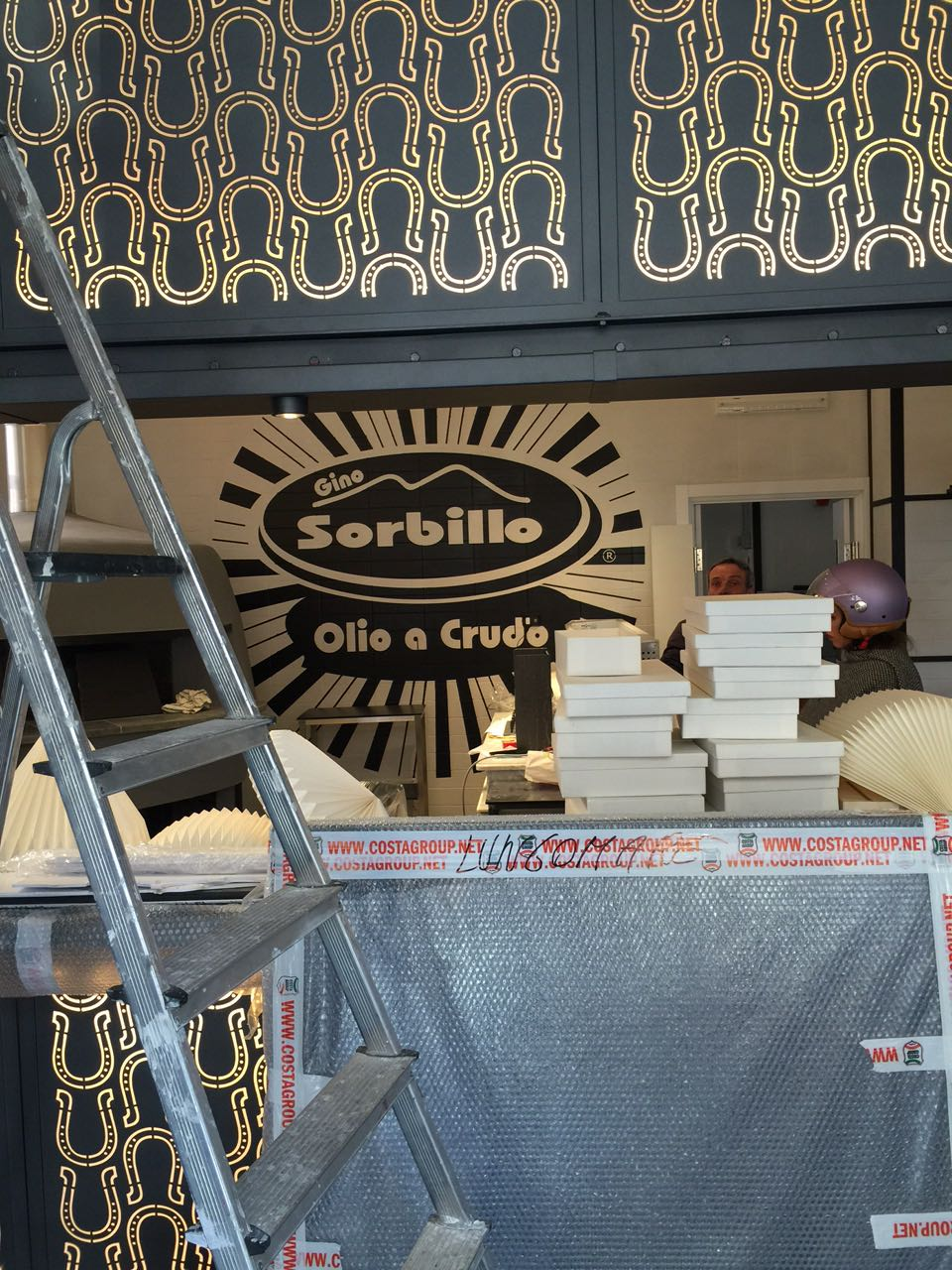 nuova-pizzeria-olio-a-crudo-milano-sorbillo
