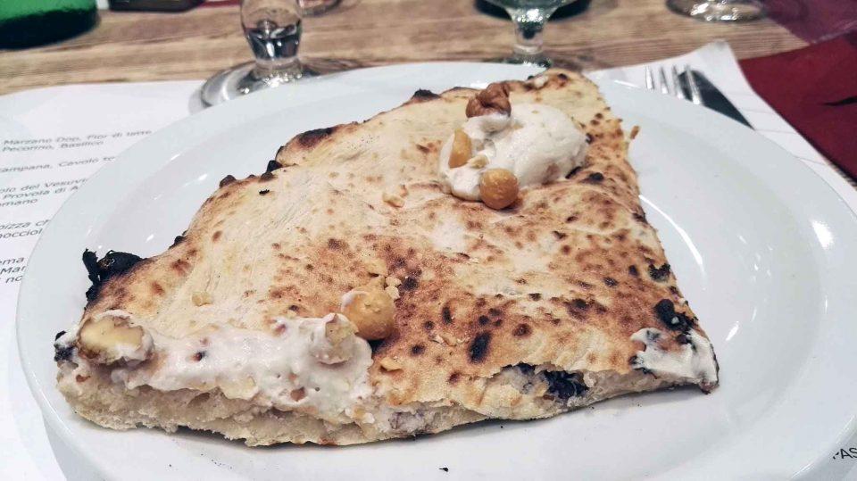 pizza-scrigno-di-capodimonte-pizzeria-luca-castellano