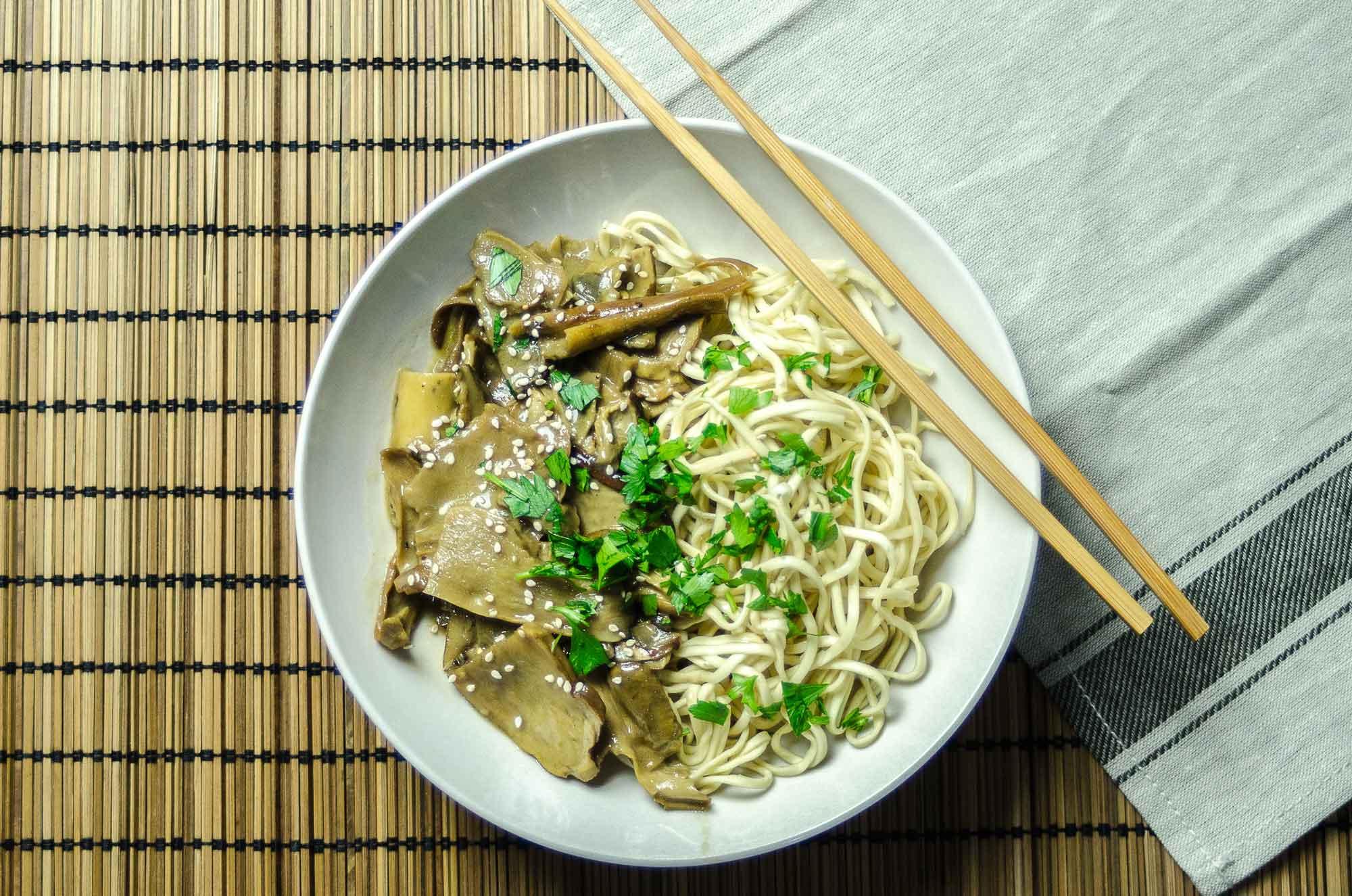 spaghetti-soba-funghi-porcini
