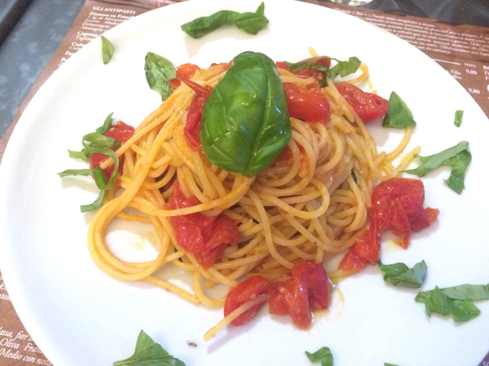sorbillo-olio-a-crudo-spaghetti-pomodoro-felicetti