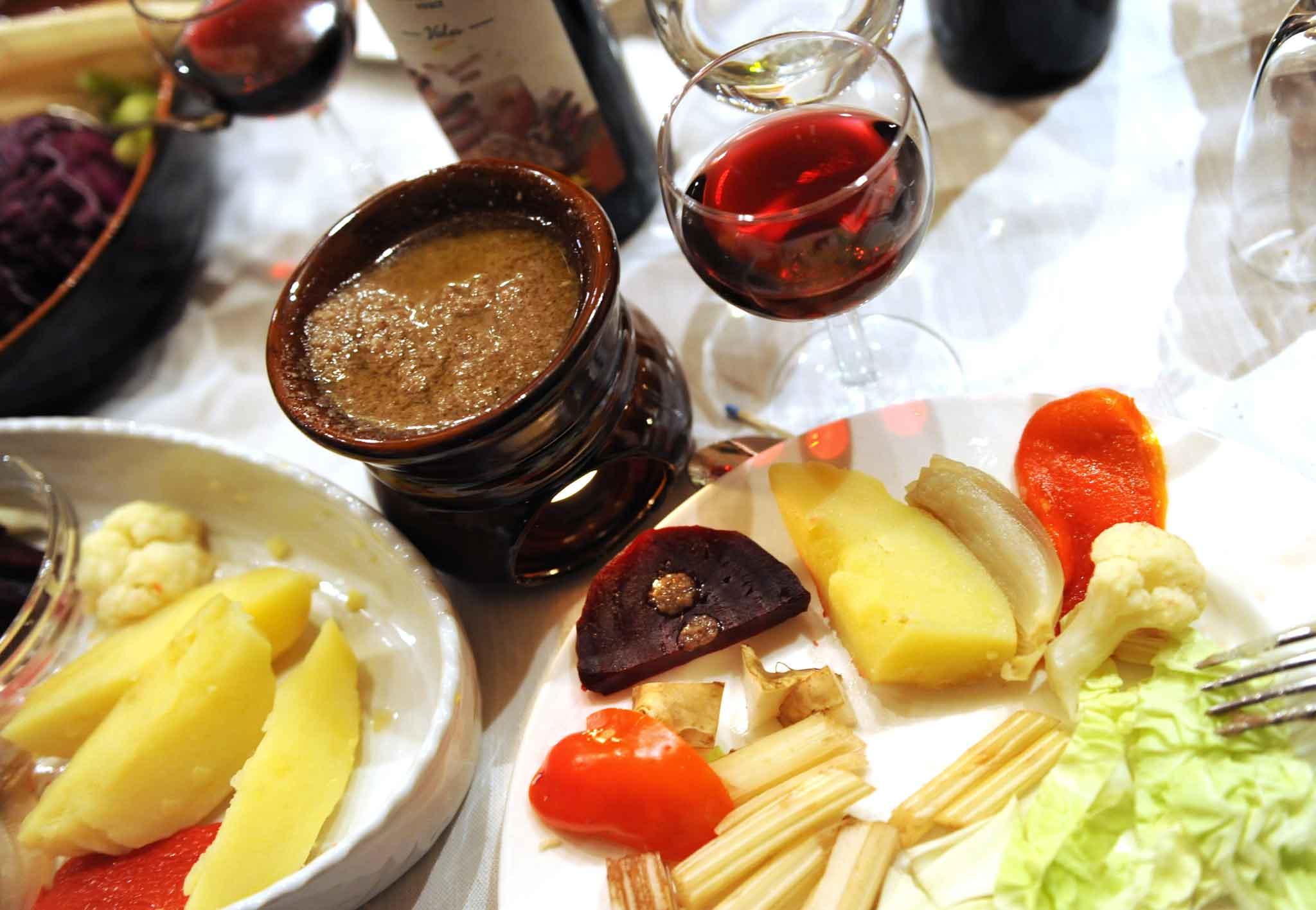 Motivi per festeggiare e mangiare la bagna cauda
