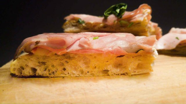 Ricetta pizza Bonci mortadella