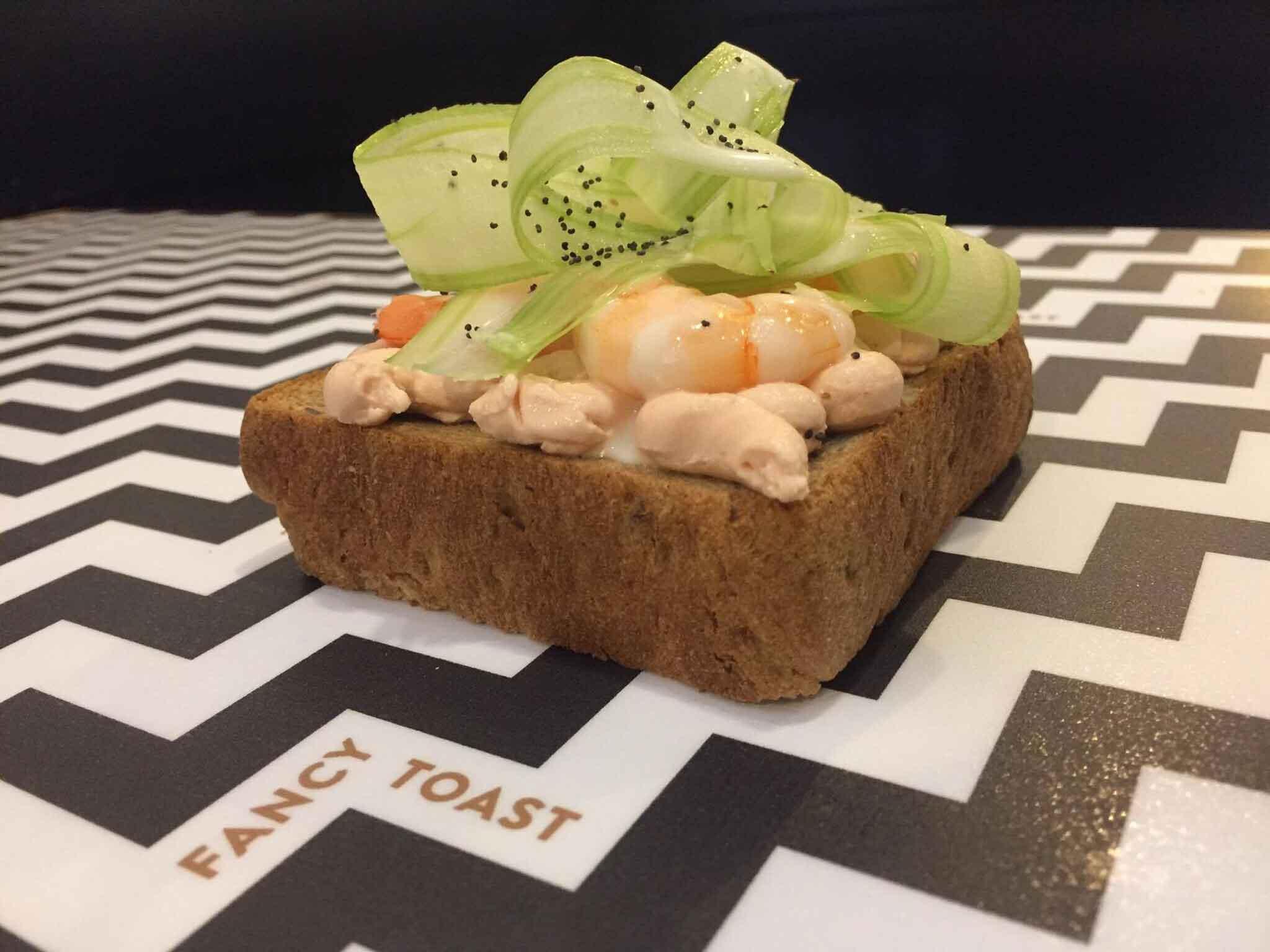fancy-toast-15