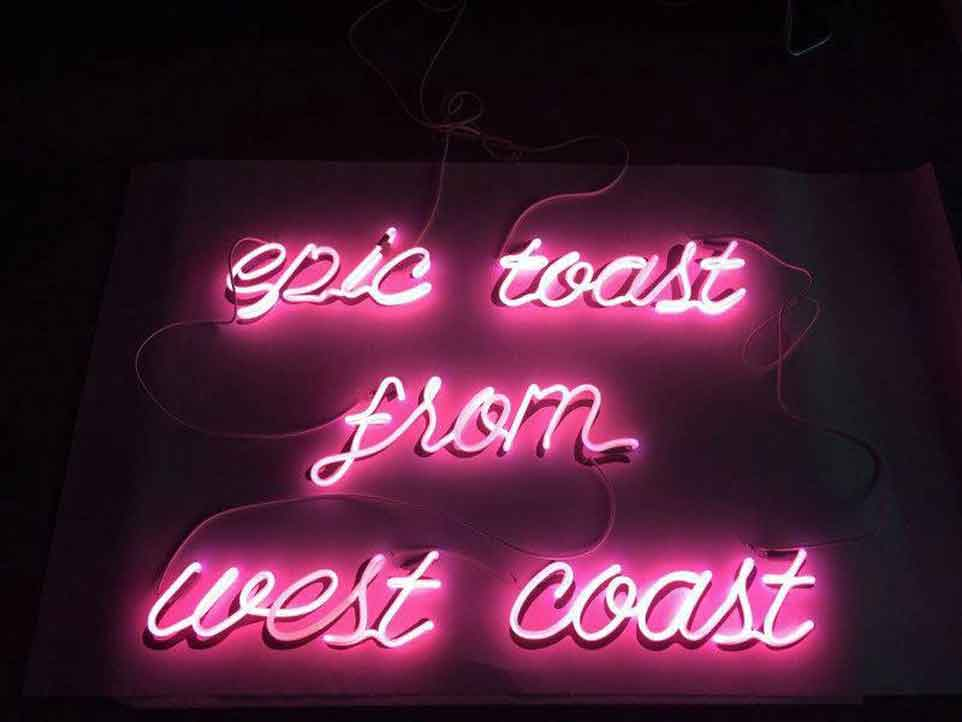 fancy-toast-neon