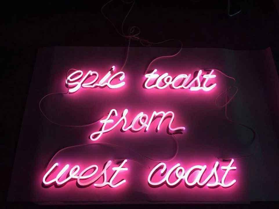 fancy-toast-neon