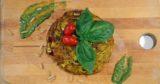 Napoli. La frittata di maccheroni take-away da Giri di Pasta che apre ai Tribunali