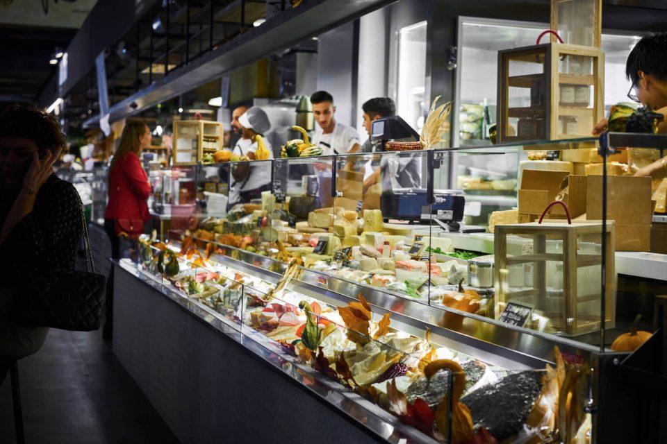 mercato-centrale-giovale-formaggio-1