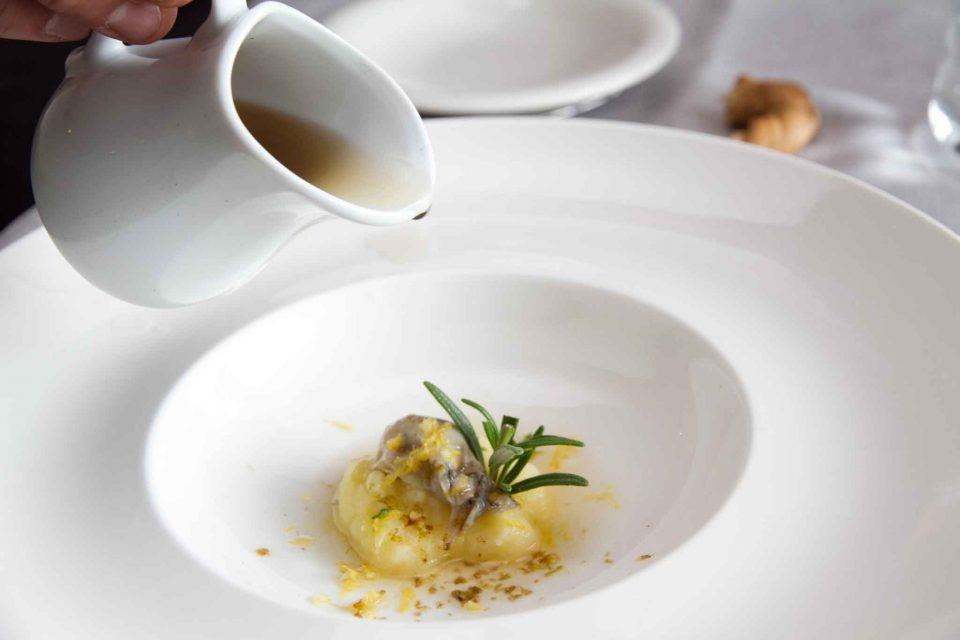 patate-ostrica-brodo-al-sale-affumicato