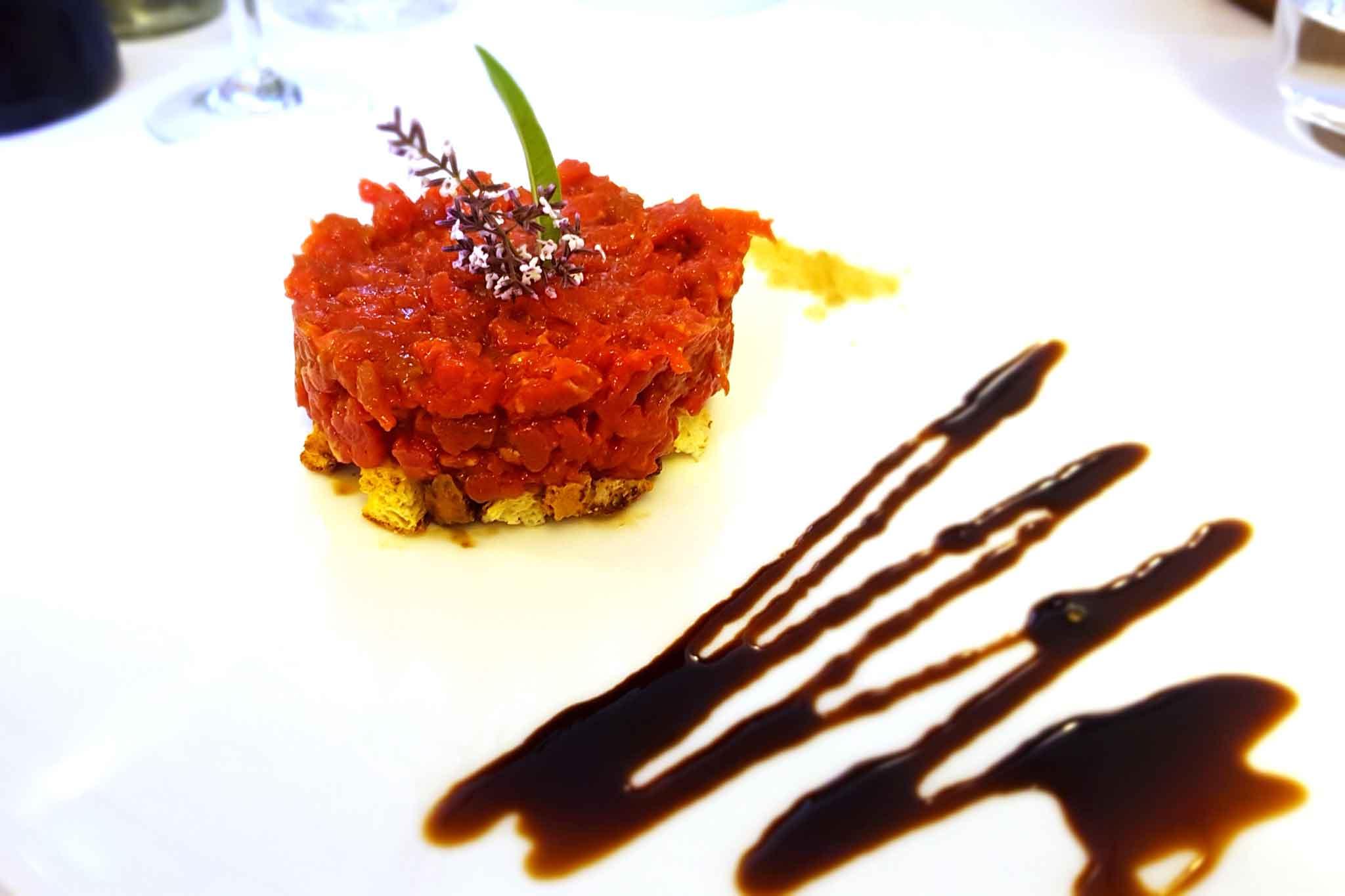ristorante-badesse-casalgrande-tartare-mora-romagnola