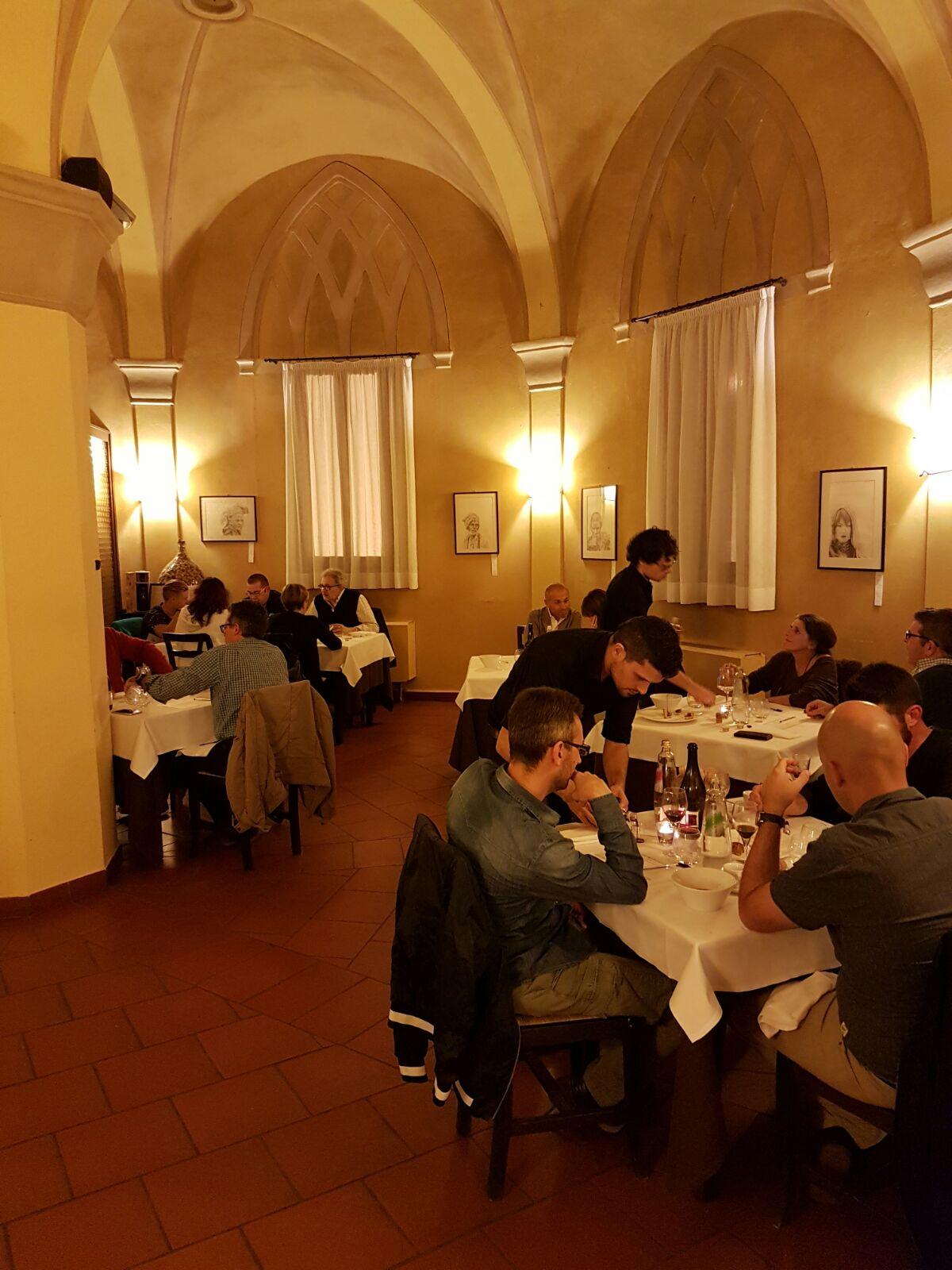 ristorante-badesse-sala-centrale