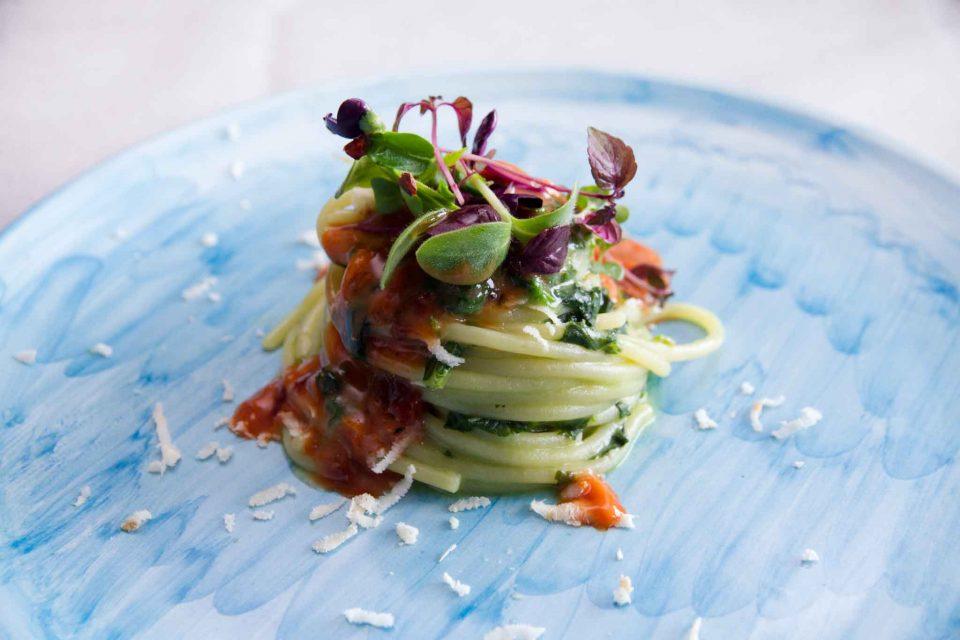 spaghetti-ricci-di-mare-lino-scarallo