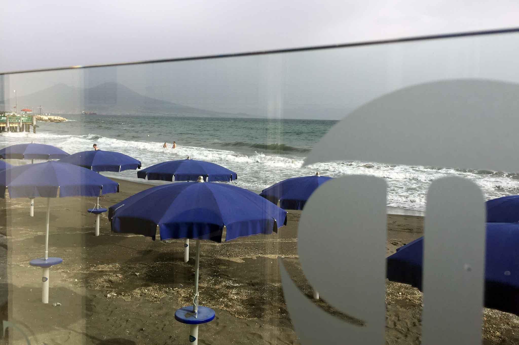 spiaggia-posillipo-palazzo-petrucci-ristorante-napoli