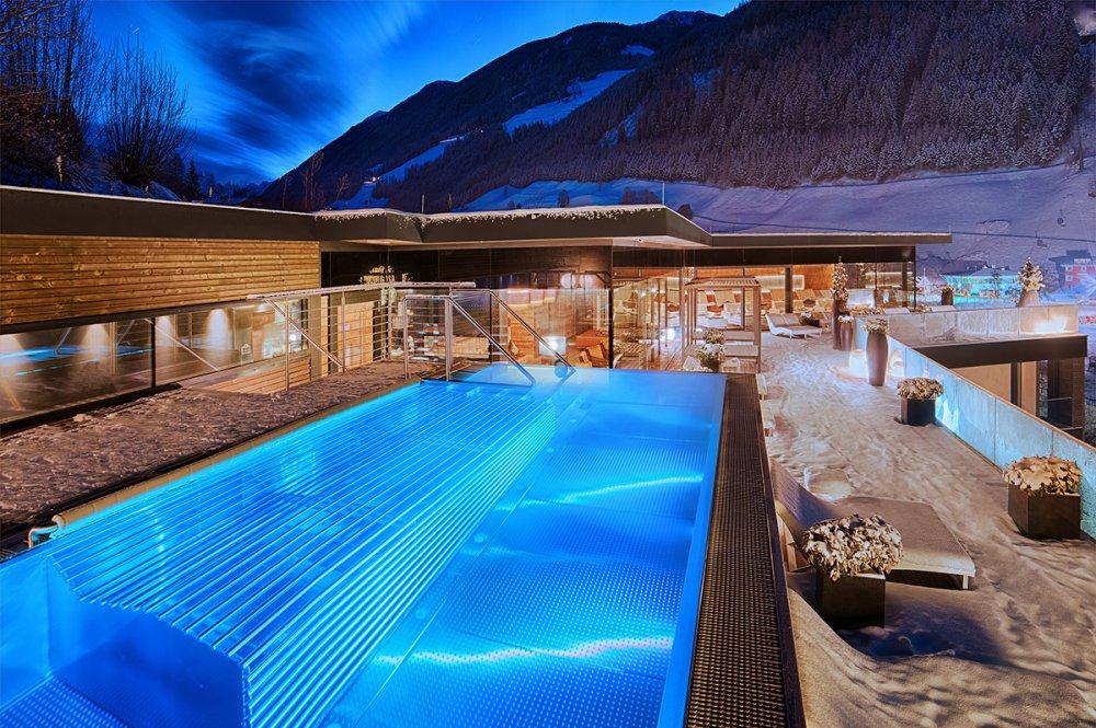 alpenschlossl-winter_sky_lounge