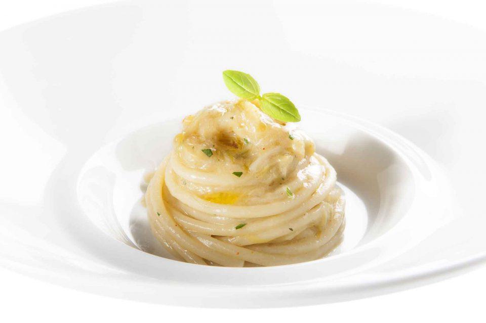 spaghettoni-al-cipollotto-aimo-e-nadia