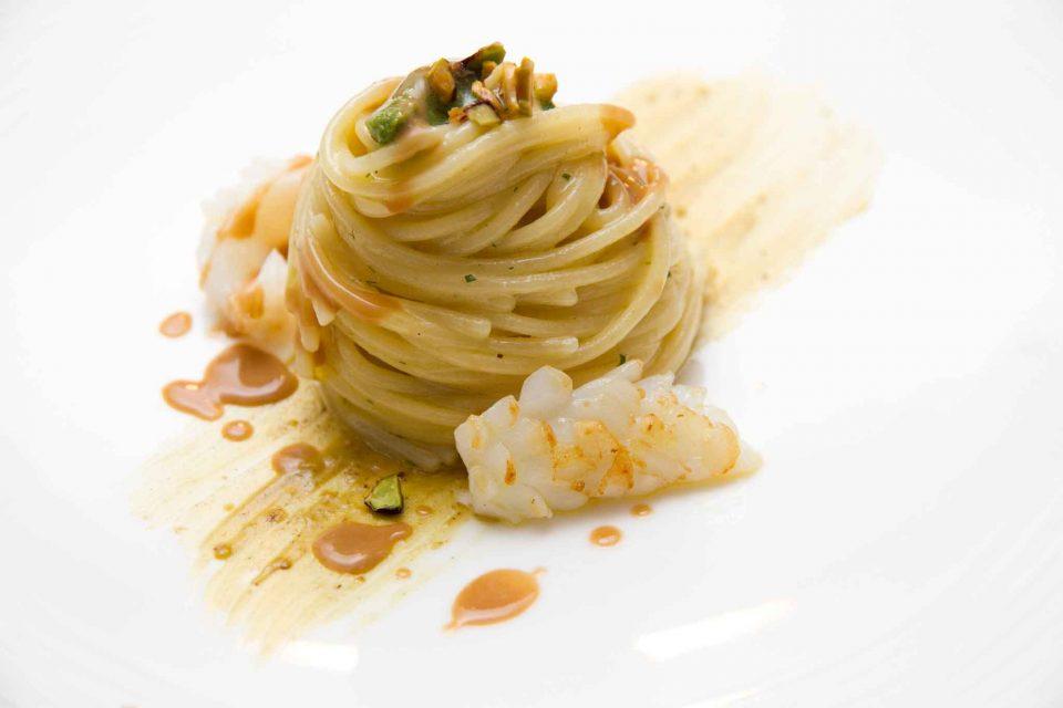 torre-del-saracino-menu-25-anni-spaghetti-colatura-alici