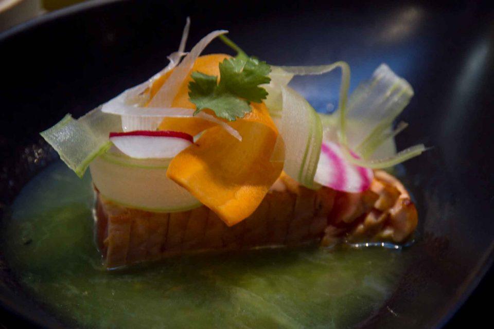 yugo-tataki-di-salmone