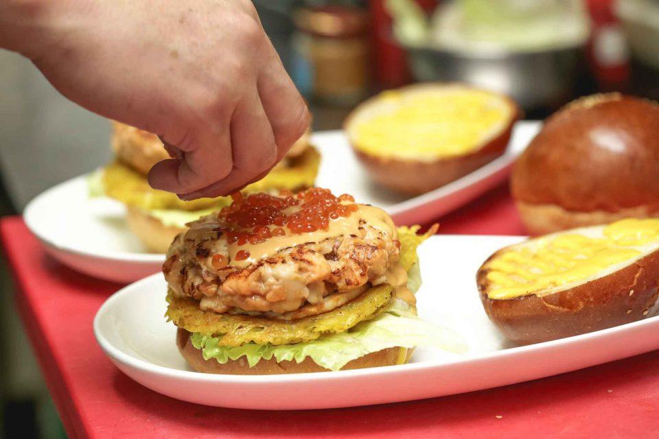 hamburger-ito-ai-12-morsi-uova-pesce