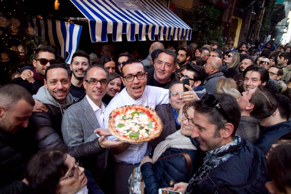 margherita-pizza-farina-bio-tribunali-sorbillo