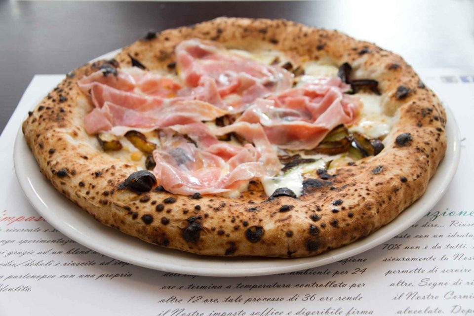 pizza-pancetta-melanzane-carlo-sammarco