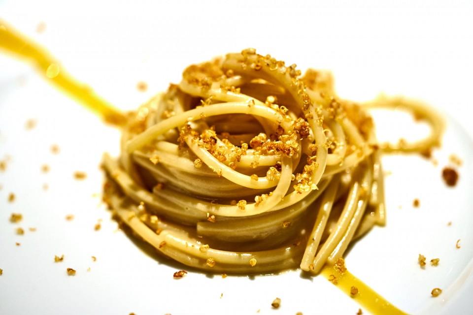 spaghettoni-burro-e-alici