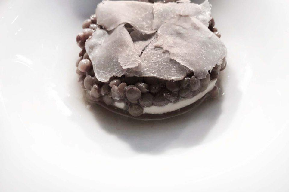 lenticchie-nocciole-aglio-e-tartufo-bianco