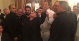 Maradona gioca con un bicchiere ed altre foto dalla cena con Gennaro Esposito
