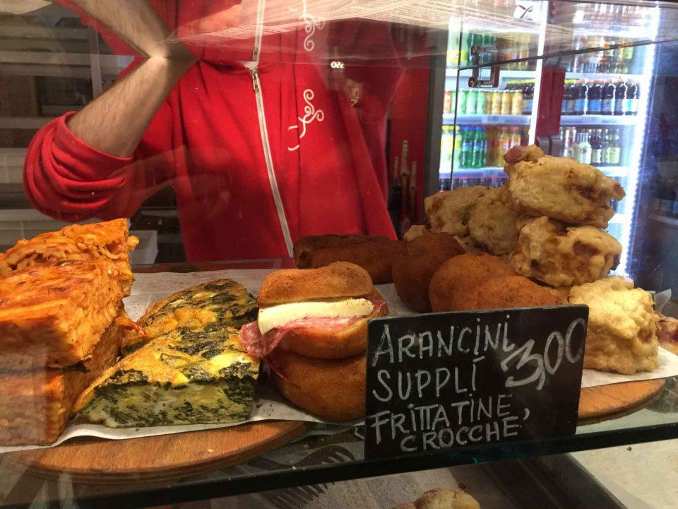 arancini suppli frittatine Rossopomodoro Stazione Milano