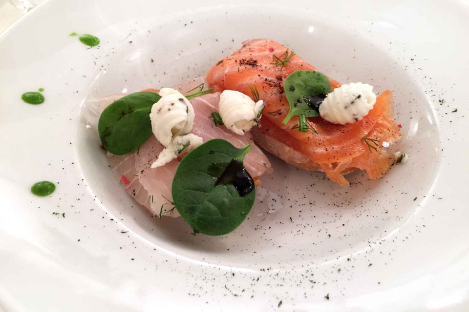 bruschetta-salmone-pescespada-marinato