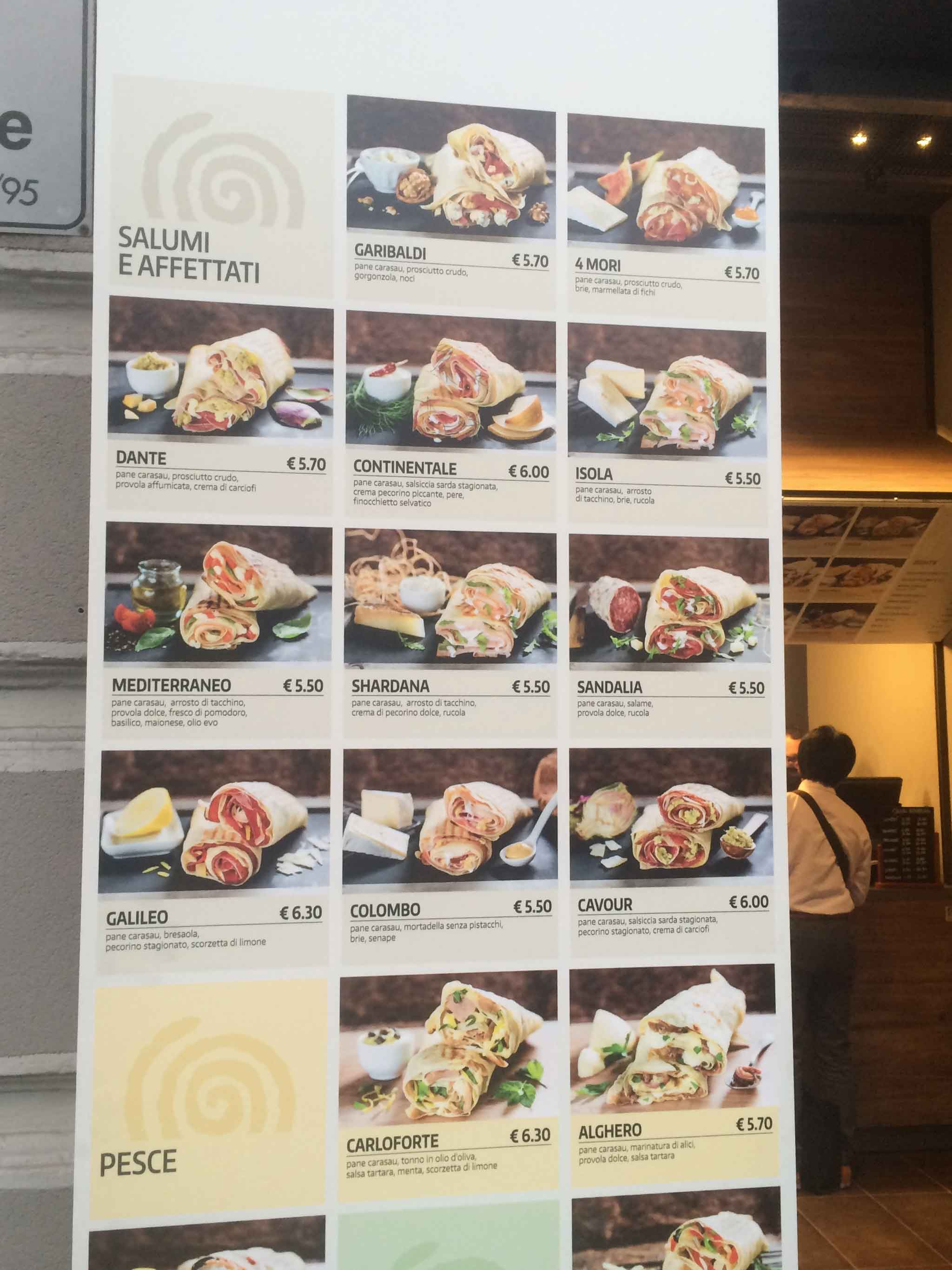 Milano. Lo Street Food Sardo Del Carasino Cioè Il Pane Carasau In  #C47807 2048 2731 Classifica Delle Migliori Cucine Regionali Italiane
