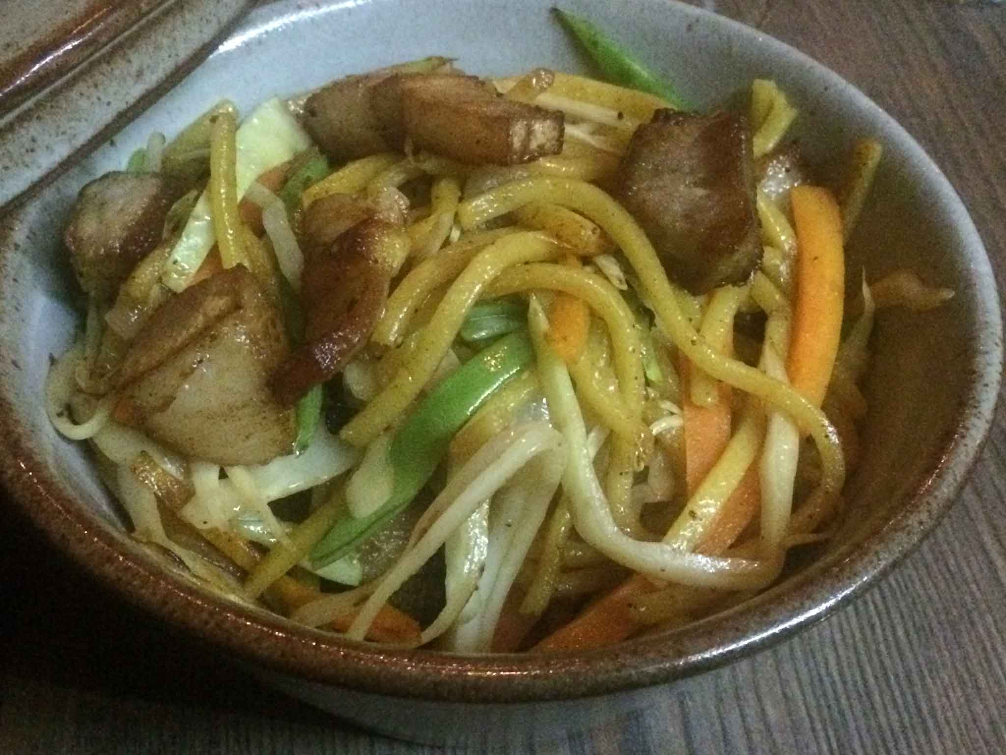 chow-mien-noodles-nepalesi
