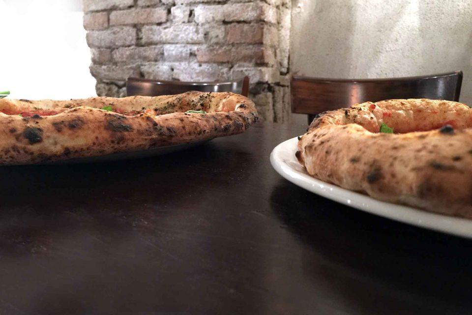 cornicione normale e cornicione gonfio pizza napoletana