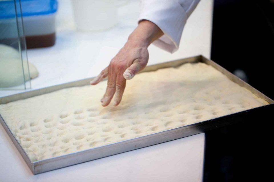 focaccia genovese ricetta perfetta 7