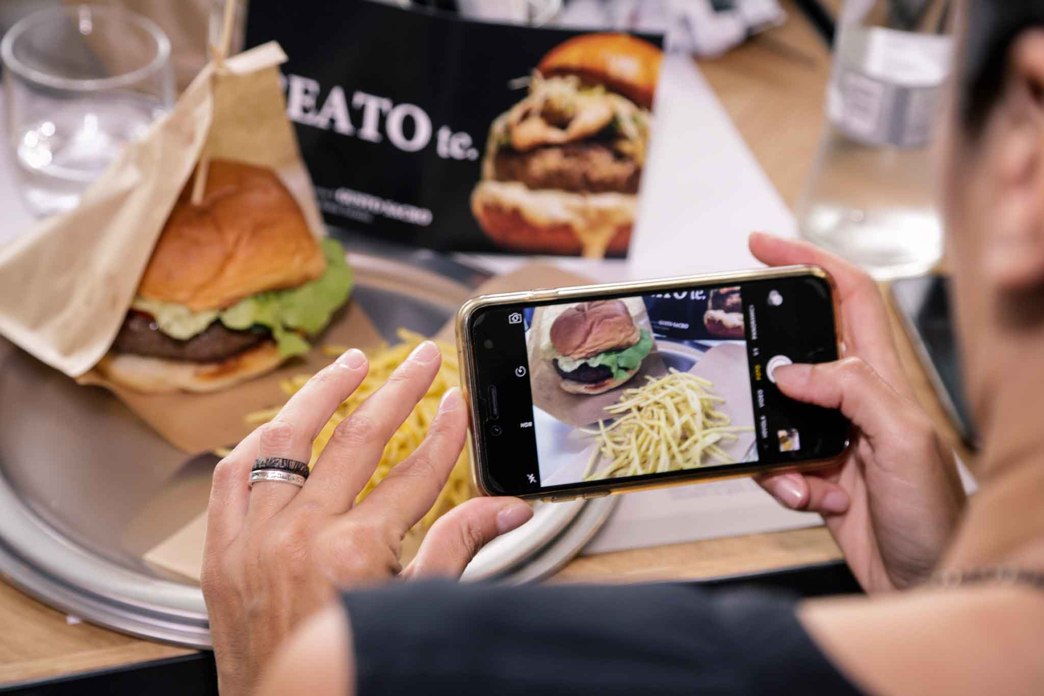 hamburger foto smartphone