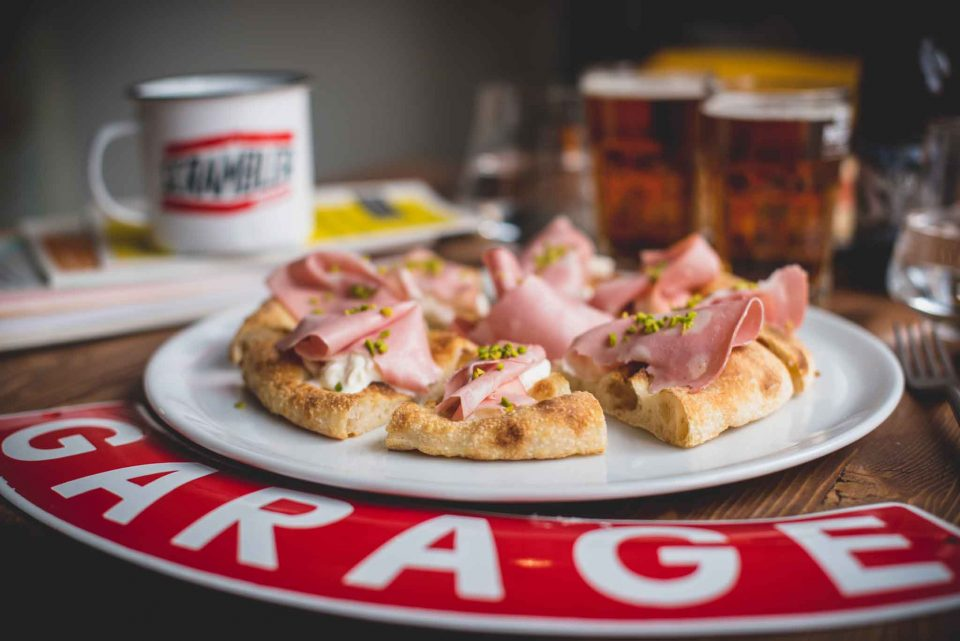 pizza con la mortadella Ducati Scrambler Food Factory