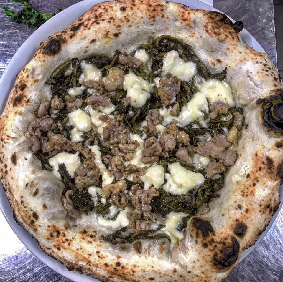 pizza-friarielli-salsiccia-sasa-martucci