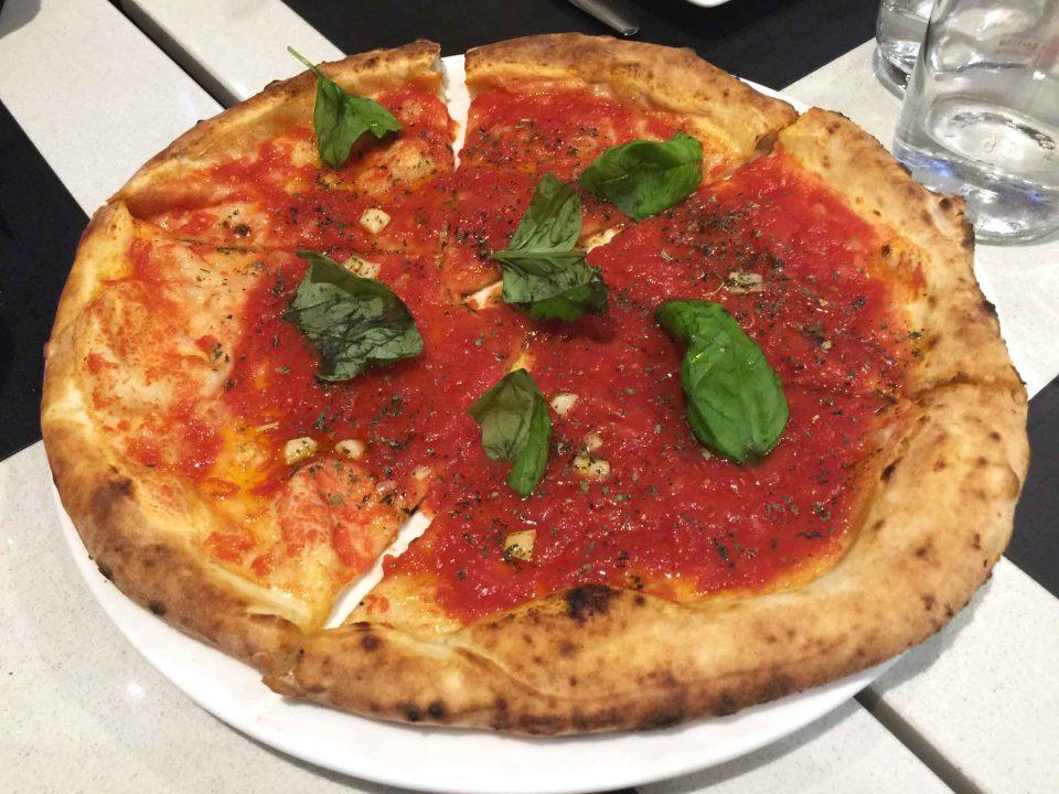pizza marinara Enzo Coccia