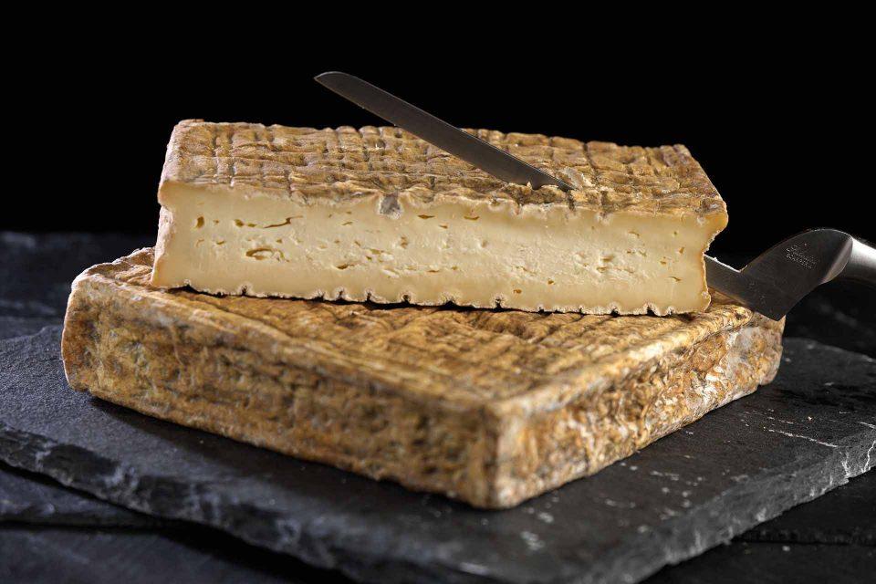 stracchino-antico-formaggio